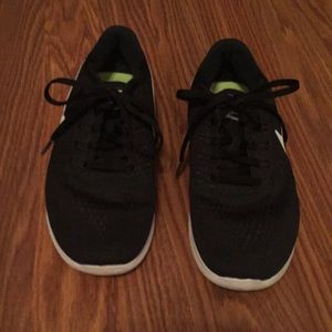 Black Nike Free